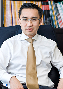 Photo of Dr Francis Chu Hernia Surgeon Miranda Sydney